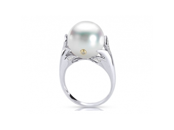 Pearl Ring by Imperial